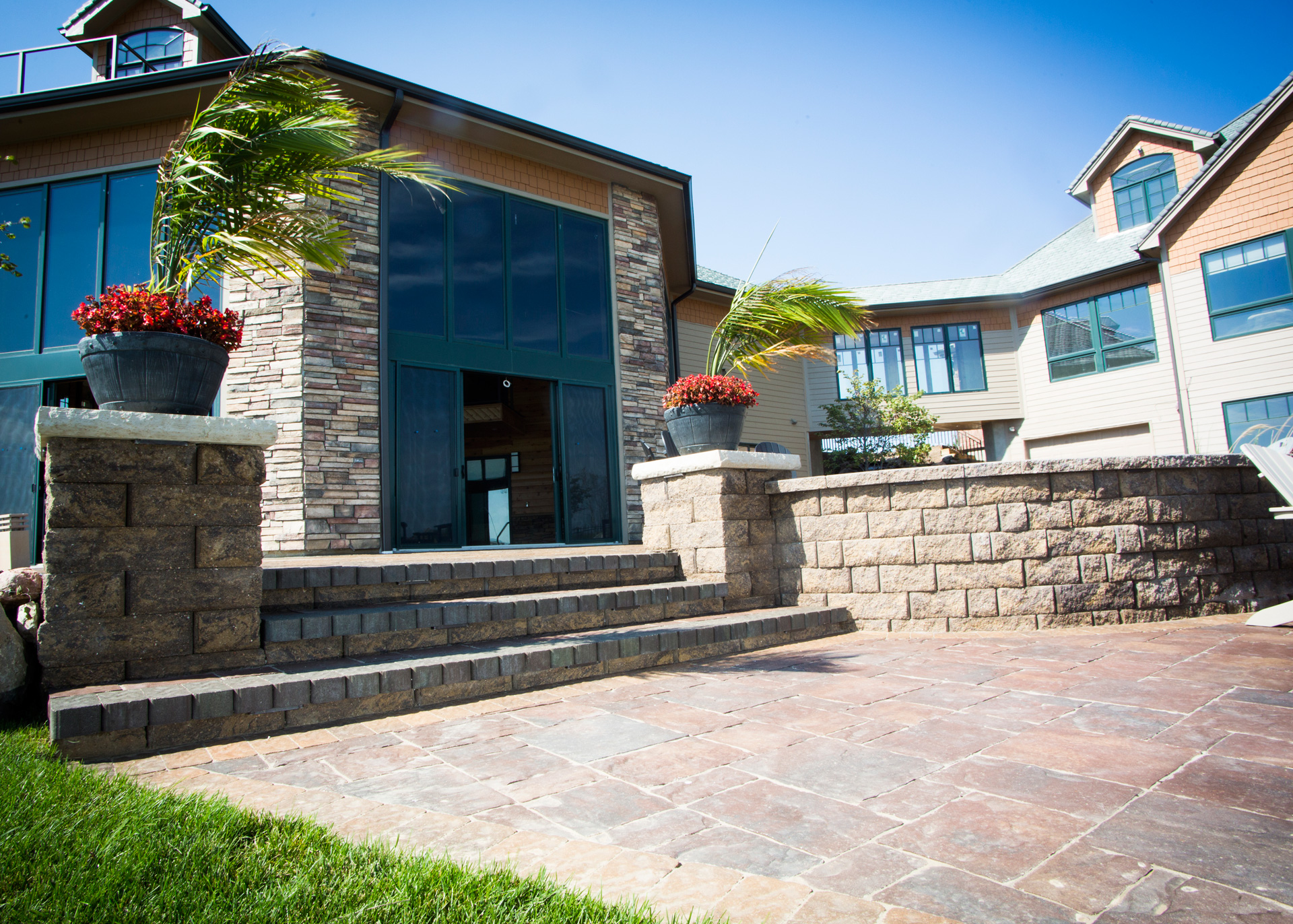 Retaining Walls – Project Type – Watkins Concrete Block